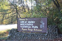 Pigeon Forge Parkway to the Great Smoky Mountains
