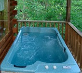 Pigeon Forge cabin with a Hot Tub.